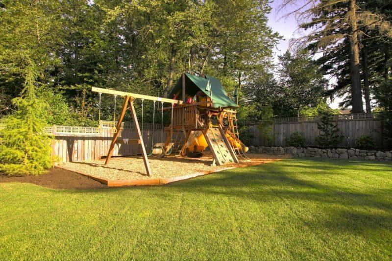 garden-with-playground-equipment